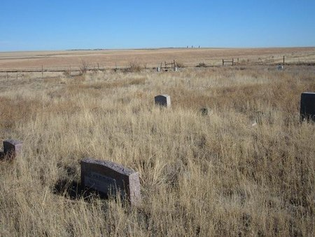*PRAIRIE QUEEN CEMETERY,  - Baca County, Colorado |  *PRAIRIE QUEEN CEMETERY - Colorado Gravestone Photos